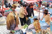 Pobreza en Bolivia se ubica en su nivel histórico más bajo