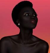 Reina Africana revoluciona al mundo del modelaje