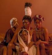 Afrogile de Bamby Diagne, una oda a la belleza del cabello africano