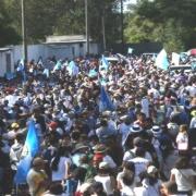 Guatemaltecos se movilizan en rechazo al presidente Giammattei
